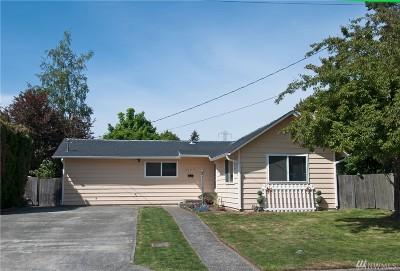 Renton Single Family Home For Sale: 3724 NE 9th St