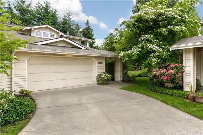 Bellevue WA Condo/Townhouse For Sale: $580,000