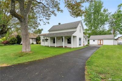 Centralia Single Family Home For Sale: 1215 Elm St