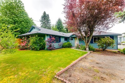 Lacey Single Family Home Pending: 5025 45th Ave SE