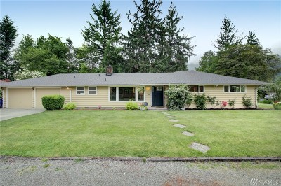 North Bend, Snoqualmie Single Family Home For Sale: 449 Meadow Dr SE