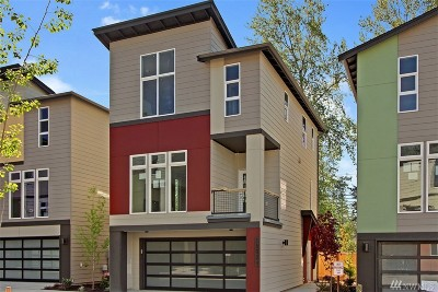 Lynnwood Condo/Townhouse For Sale: 15028 13th Place W #42