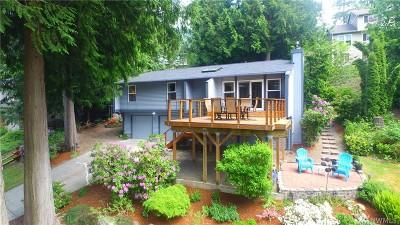 Sammamish Single Family Home Contingent: 444 210th Ave NE
