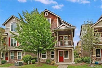 Everett Condo/Townhouse For Sale: 10012 13th Dr SE