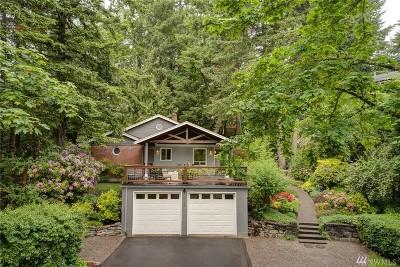 Olympia Single Family Home Pending: 2106 E Bay Dr NE