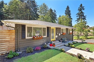 Edmonds Single Family Home For Sale: 8610 Main St