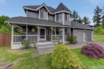 Lynnwood Single Family Home For Sale: 5225 170th Place SW
