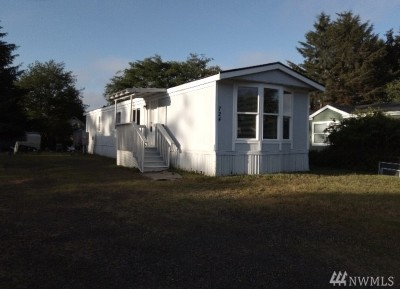Ocean Shores WA Single Family Home For Sale: $149,900