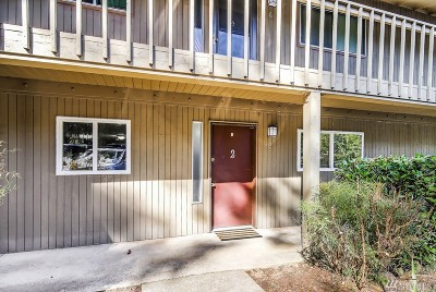 Mountlake Terrace Condo/Townhouse For Sale: 22101 66th Ave W #2A