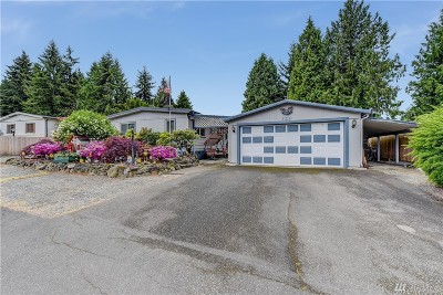 Bothell Single Family Home For Sale: 3210 207th Place SE