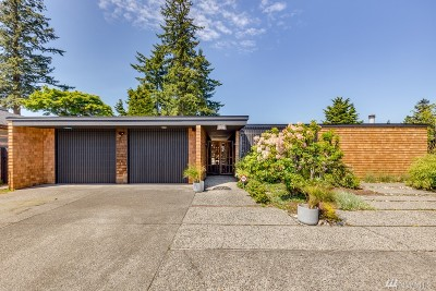 Everett Single Family Home For Sale: 340 Heather Rd