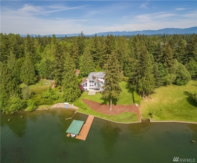 Lake Tapps Single Family Home For Sale: 21424 Snag Island Drive East