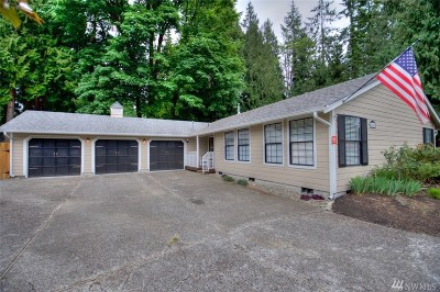 Lacey Single Family Home Pending Inspection: 2802 Impala Dr SE