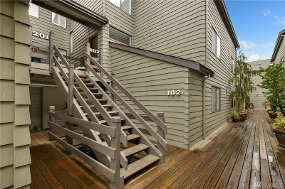 King County Condo/Townhouse For Sale: 7 Lake Bellevue Dr #202