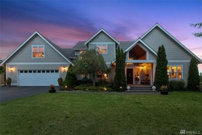 Poulsbo Single Family Home For Sale: 4261 NE Lookout Lane