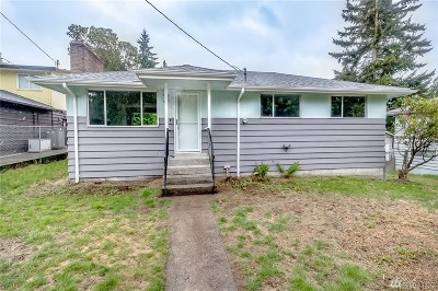 Seattle Single Family Home For Sale: 919 SW 118th St