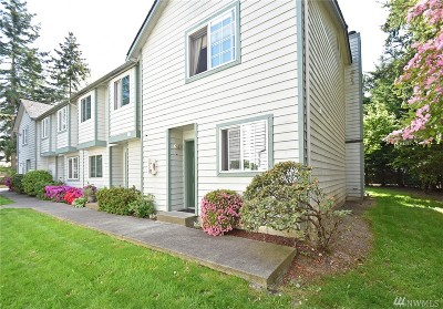 Mountlake Terrace Condo/Townhouse For Sale: 21307 50th Ave W #A 4