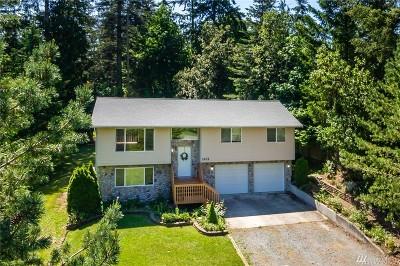 Camano Island Single Family Home For Sale: 1432 Lakewood Dr