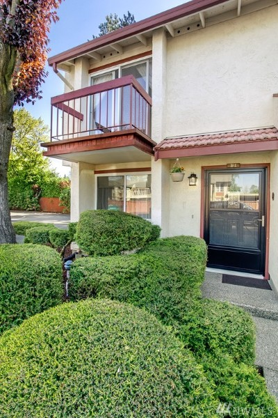 Puyallup Condo/Townhouse For Sale: 328 9th Ave SE #B1