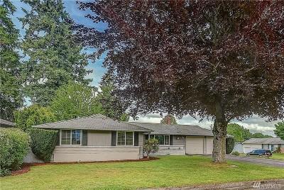 Kent Single Family Home For Sale: 833 Stoneburner Lane