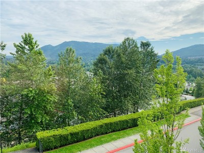 Issaquah Condo/Townhouse For Sale: 23120 SE Black Nugget Rd #U4