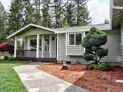 Shelton Single Family Home For Sale: 447 E Mikkelsen Rd