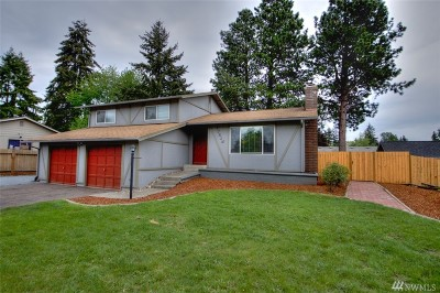 Spanaway Single Family Home For Sale: 17315 6th Ave E