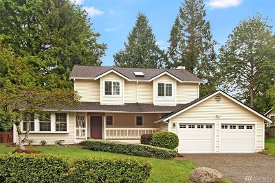 Redmond Single Family Home For Sale: 17222 NE 132nd Place