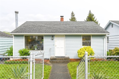 Seattle Single Family Home For Sale: 5420 34th Ave SW
