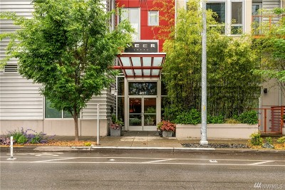 Seattle Condo/Townhouse For Sale: 401 9th Ave N #405