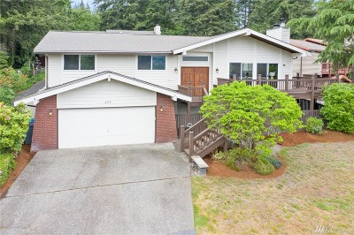 Kenmore Single Family Home For Sale: 6454 NE 182nd St