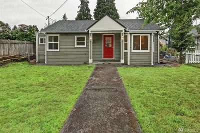 Snohomish County Single Family Home For Sale: 2110 Monroe Ave
