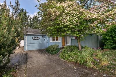Shoreline Single Family Home For Sale: 15711 3rd Ave NE