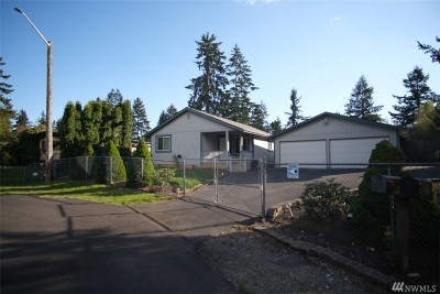 Spanaway Single Family Home For Sale: 6406 198th St E