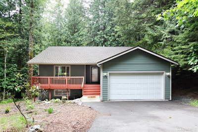 Bellingham Single Family Home For Sale: 32 Holly View Wy