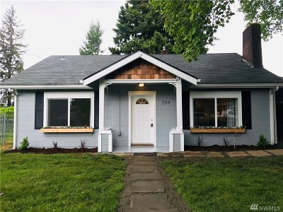 Olympia Single Family Home For Sale: 2114 Olympia Ave NE