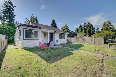 Seattle Single Family Home For Sale: 11743 22nd Ave NE