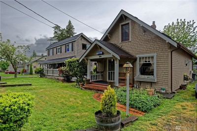 Puyallup Single Family Home For Sale: 516 6th St NW
