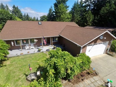 Shelton Single Family Home For Sale: 63 E South Island Dr