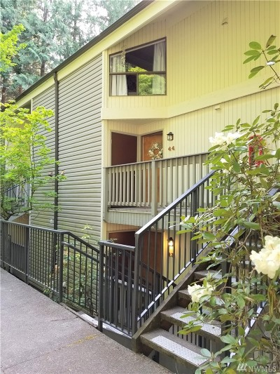 Bellingham Condo/Townhouse For Sale: 2 Marigold Dr #44