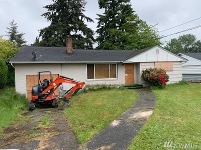 Tacoma Single Family Home For Sale: 6611 E B St