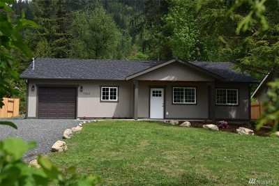 Maple Falls Single Family Home For Sale: 7912 Oregon Trail