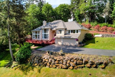 Poulsbo Single Family Home For Sale: 622 NE Paulson Rd