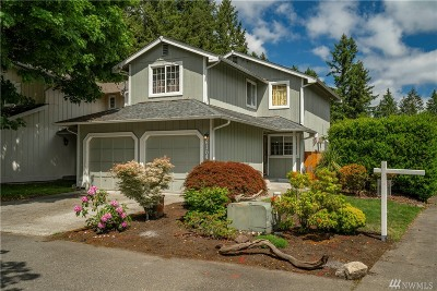 Lacey Single Family Home For Sale: 6104 Laguna Lane SE