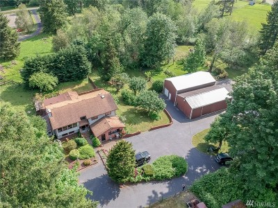 Auburn Single Family Home For Sale: 17205 SE Lake Moneysmith Rd