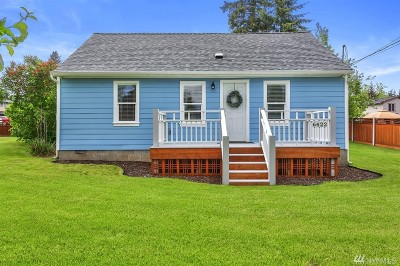 Everett Single Family Home For Sale: 6422 Olympic Dr