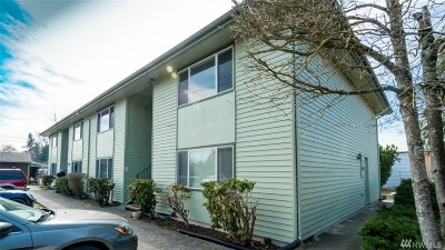 Tacoma Multi Family Home For Sale: 8412 E McKinley Ave