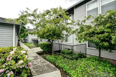 Federal Way Condo/Townhouse For Sale: 33020 10th Ave SW #D203