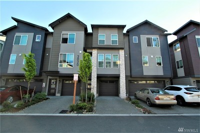 Everett Condo/Townhouse For Sale: 2020 129th Place SW #C