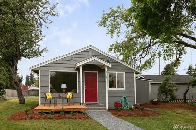 Everett Single Family Home For Sale: 6206 Commercial Ave